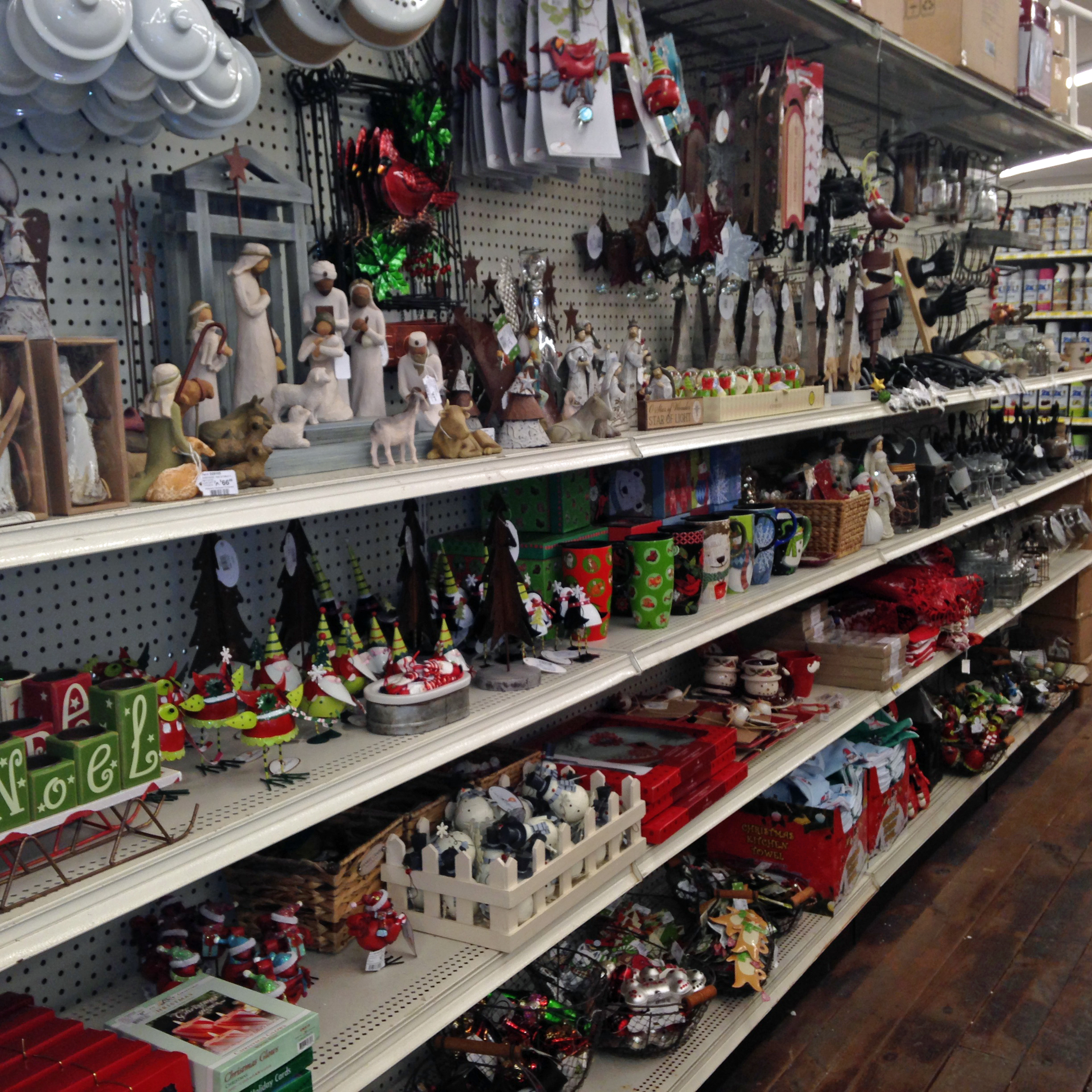 Christmas Trees And Decorations Weaver 39 S Ace Hardware