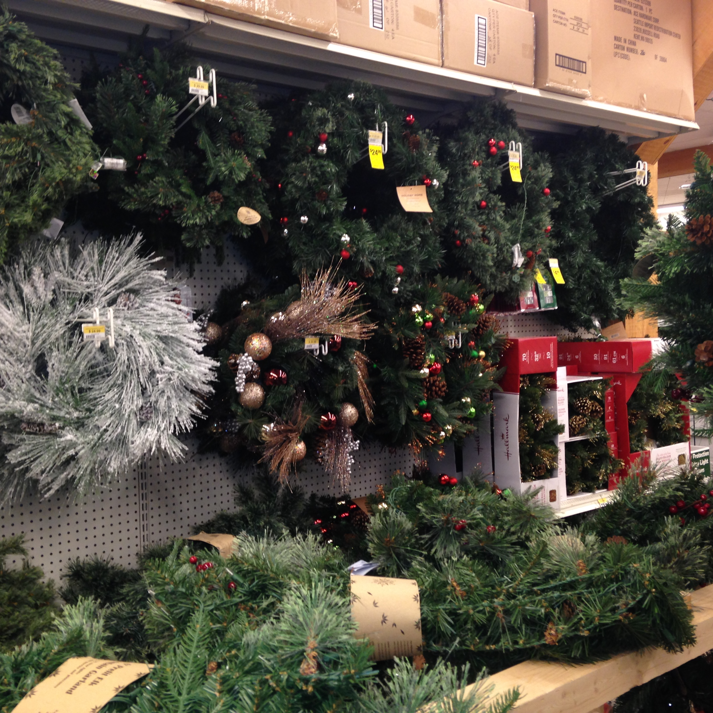 christmas decorations wreaths
